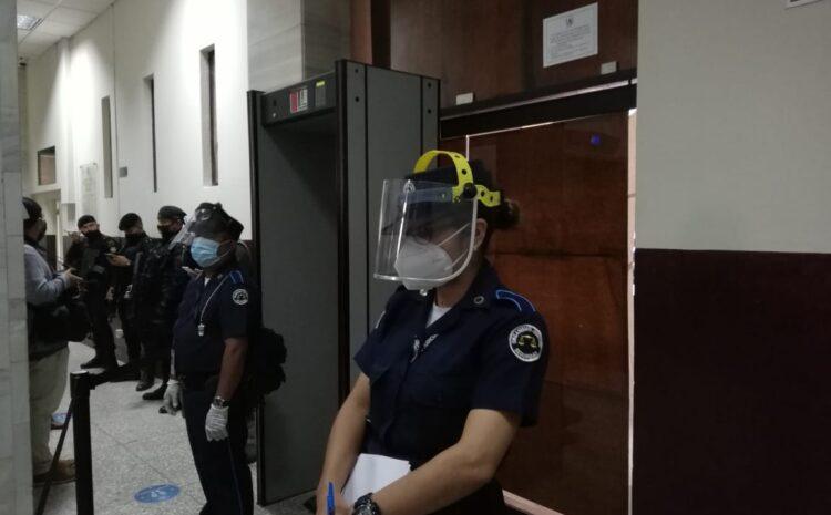 Audiencia de primera declaración de Sinibaldi se lleva a cabo a puerta cerrada