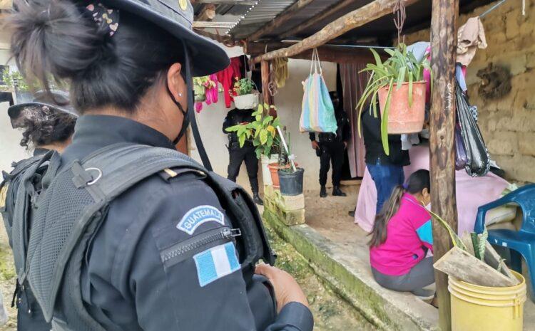 Autoridades capturan a mujer que lanzó a su hijo recién nacido a un río en Huehuetenango