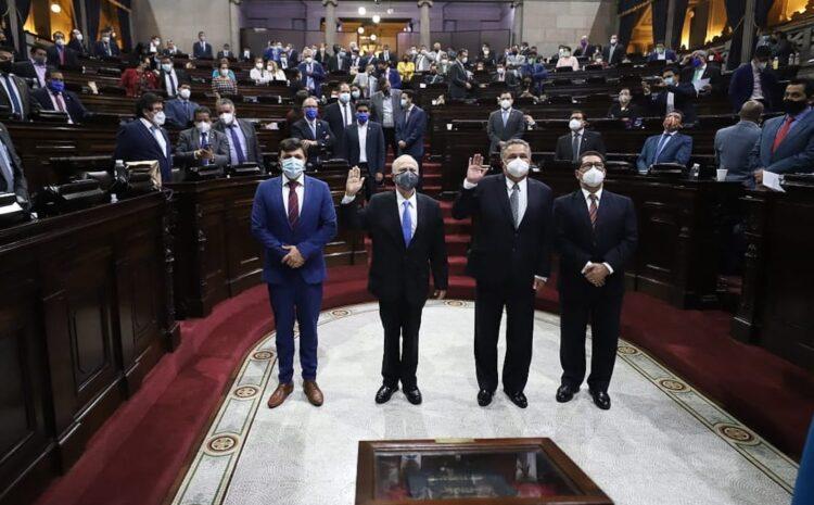Alianza por las Reformas y AEU presenta objeciones contra Roberto Molina Barreto