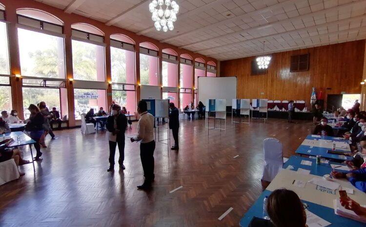 Juzgado suspende elecciones del CANG para Magistrado de la CC