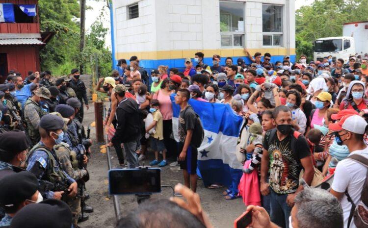 Gobierno decreta Estado de Prevención en siete departamentos por nueva caravana de migrantes