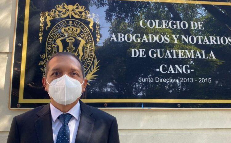 Francisco Rivas se postula como candidato a Magistrado de la CC por el CANG