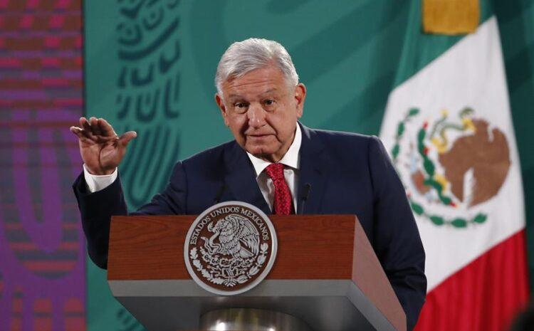 """Presidente de México siente """"vergüenza"""" por policía que mató a salvadoreña"""