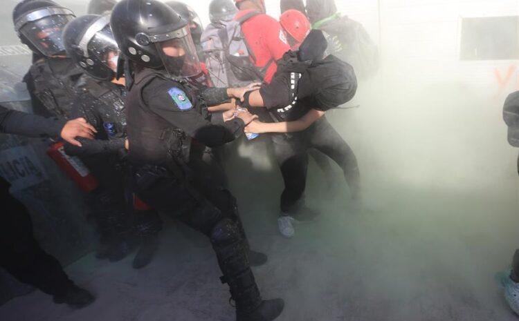 México sigue sumido en una gran crisis de derechos humanos, advierte Amnistía