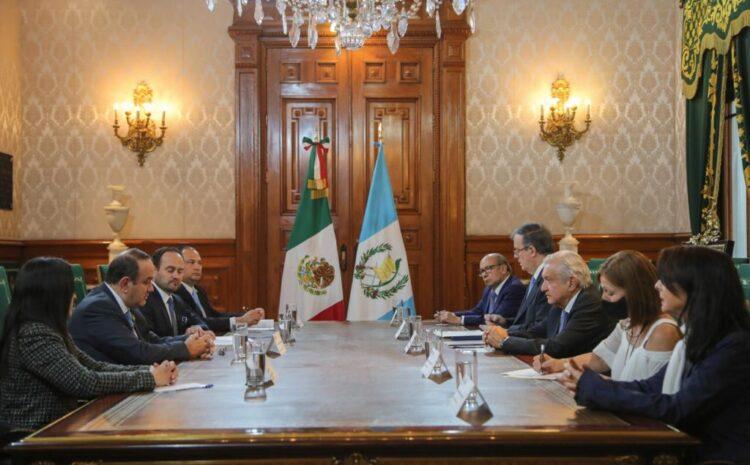 Giammattei y López Obrador abordan temas migratorios y combate al crimen organizado